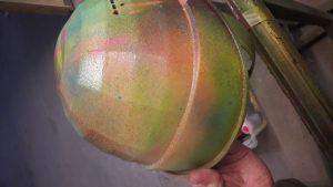 Weinhelm - Lackierung in bunten Farben